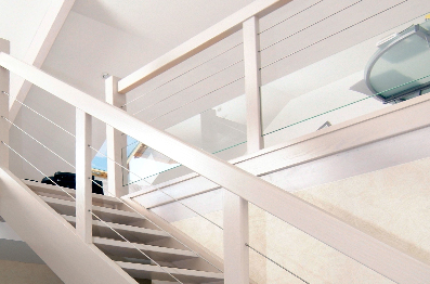Escalier contemporain design traditionnel en Alsace